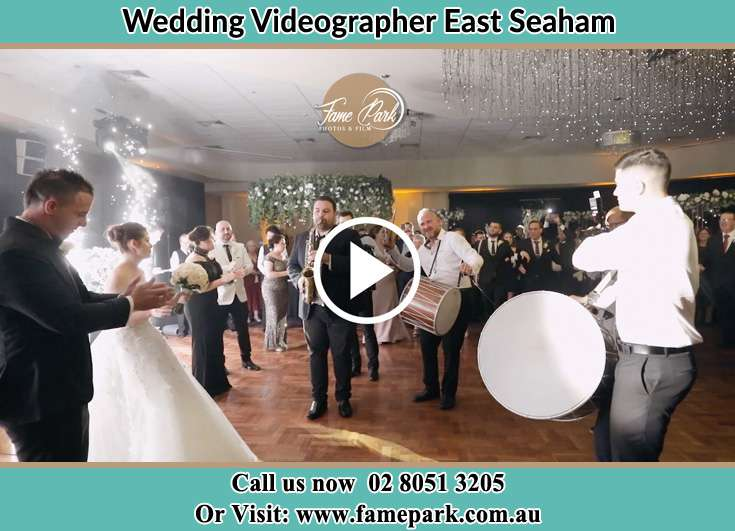 Bride and Groom at the dance floor East Seaham NSW 2324