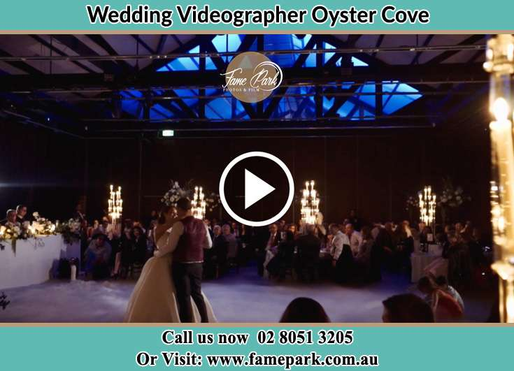 Bride and Groom at the dance floor Oyster Cove NSW 2318